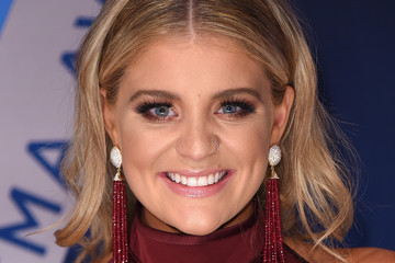 Lauren Alaina The 51st Annual CMA Awards - Arrivals