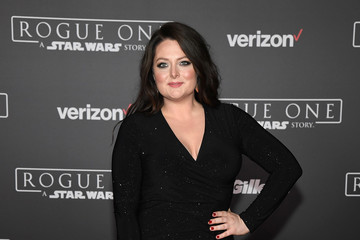 Lauren Ash Premiere of Walt Disney Pictures and Lucasfilm's 'Rogue One: A Star Wars Story' - Arrivals