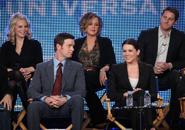 2010 Winter TCA Tour - Day 2 [television show,parenthood,event,news conference,team,white-collar worker,performance,peter krause,monica potter,lauren graham,sam jaeger,bonnie bedelia,l-r,winter tca,nbc]