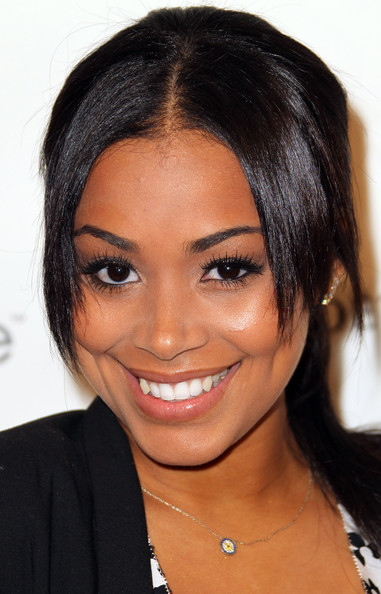 Lauren London Actress Lauren London attends the Fourth Annual Essence ...