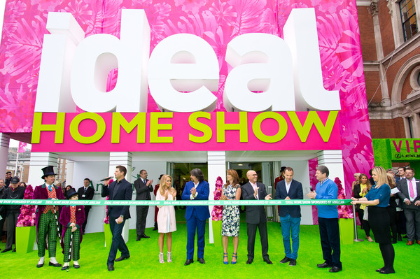 Katie Piper Launches Ideal Home Show  [pink,social group,event,magenta,team,photocall,photocall,katie piper launches ideal home show,katie piper,george clarke,martin lewis,suzi perry,gregg wallace,laurence llewelyn-bowen,alan titchmarsh]