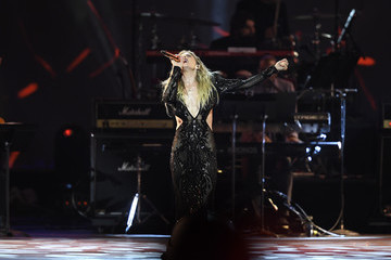 LeAnn Rimes MusiCares Person Of The Year Honoring Aerosmith - Inside