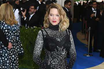 "Lea Seydoux ""Rei Kawakubo/Comme des Garcons: Art of the In-Between"" Costume Institute Gala - Arrivals"
