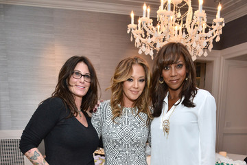 Leah Remini Stella & Dot Trunk Show To Benefit The HollyRod Foundation