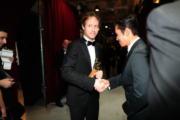 Lee Byung-Hun Backstage at the 2016 Academy Awards