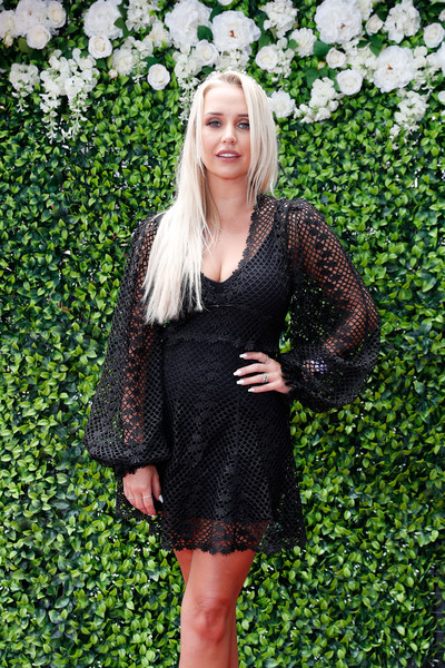 Celebrities Attend Melbourne Cup Celebrations At Planar Restaurant And Bar