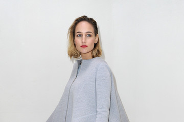 Leelee Sobieski Front Row at the Christian Dior Show