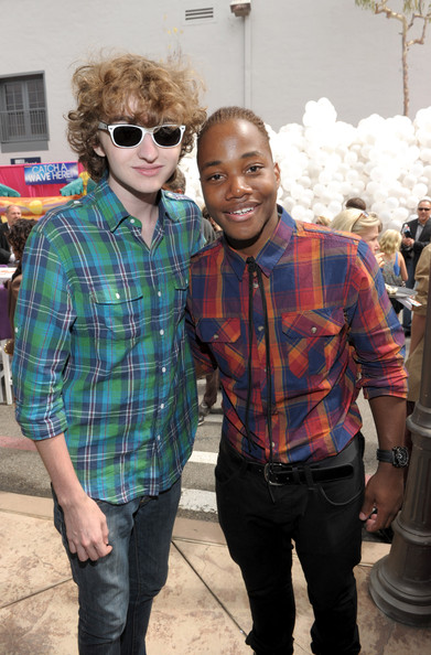 """Nickelodeon """"iParty With Victorious"""" Premiere - Inside [iparty with victorious,icarly,plaid,eyewear,people,pattern,tartan,fashion,cool,design,glasses,textile,actors,leon thomas iii,michael reid,inside,nickelodeon,the lot,premiere,primetime tv event]"""