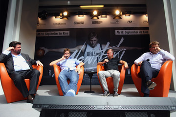 Leopold Hoesch Dirk Nowitzki Press Conference