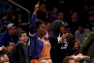 Leslie Jones Golden State Warriors v New York Knicks