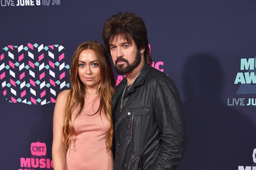 Leticia Cyrus 2016 CMT Music Awards - Arrivals