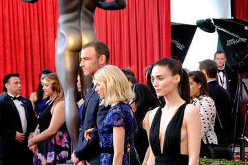 Liev Schreiber The 22nd Annual Screen Actors Guild Awards - Trophy Room