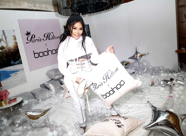 46be1d5433aa Lil Kim Photos Photos - Boohoo.com x Paris Hilton Collection Launch ...