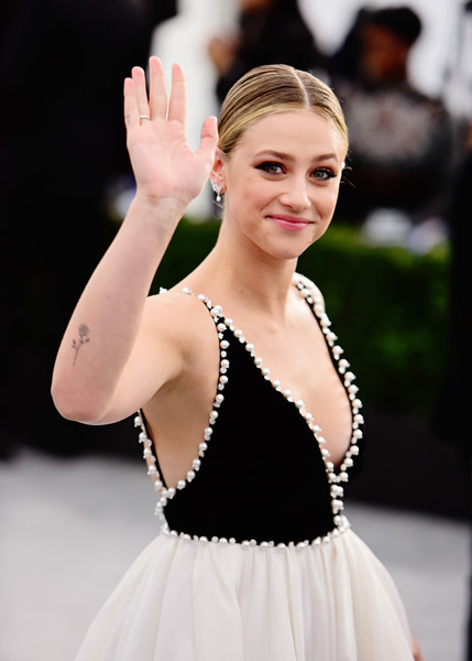 26th Annual Screen Actors Guild Awards - Fan Bleachers [lady,beauty,fashion,dress,dancer,dance,event,performance,performing arts,dancesport,lili reinhart,fan bleachers,screen actors guild awards,screen actors\u00e2 guild awards,california,los angeles,the shrine auditorium,lili reinhart,riverdale,shrine auditorium and expo hall,screen actors guild awards,actor,sag-aftra,betty cooper,celebrity,oscar party]