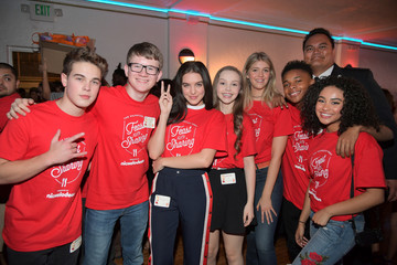 Lilimar Amarr M. Wooten Nickelodeon Presents The Salvation Army Feast Of Sharing