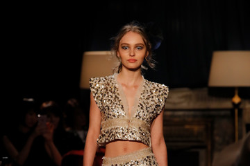 Lily-Rose Depp CHANEL Metiers D'art Collection Paris Cosmopolite - Runway