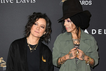 Linda Perry The Recording Academy And Clive Davis' 2019 Pre-GRAMMY Gala - Arrivals