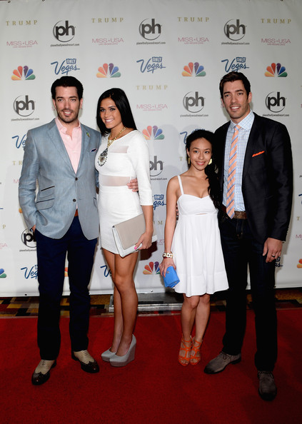 Linda phan and audra mari photos photos arrivals at the for How tall are the property brothers