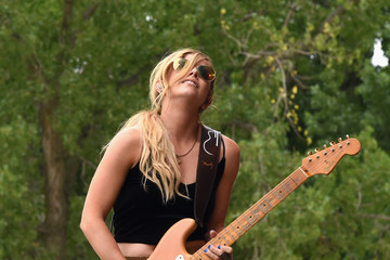 Lindsay Ell Kicker Country Stampede - Day 2