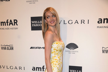 Lindsay Ellingson Arrivals at the amfAR New York Gala