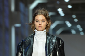 Lindsey Wixson R13 - Runway - February 2017 - New York Fashion Week