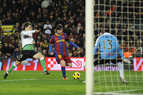 Lionel Messi vs Racing Santander