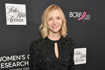 Lisa Kudrow WCRF's An Unforgettable Evening Presented By Saks Fifth Avenue - Red Carpet