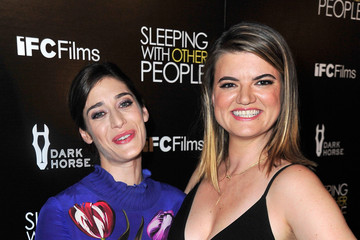 Lizzy Caplan Guests Attend the Premiere of IFC Films' 'Sleeping With Other People'