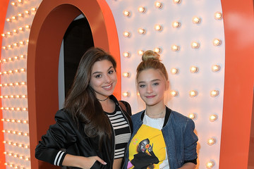 Lizzy Greene Nickelodeon's Sizzling Summer Camp Special Event