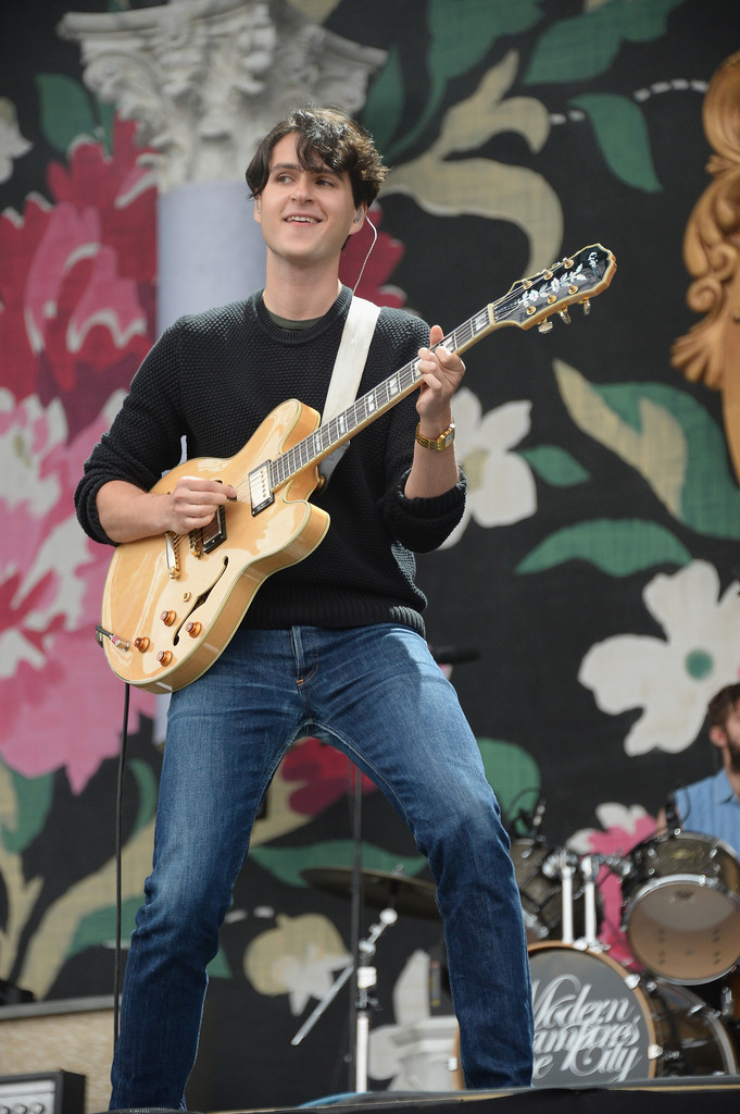 Ezra Koenig Photos Photos - Lollapalooza 2013 - Day 3 - Zimbio