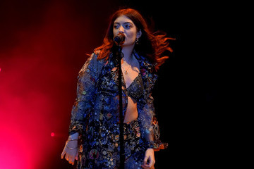Lorde Lorde Performs At Staples Center