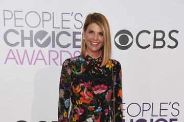 Lori Loughlin People's Choice Awards 2017 - Arrivals