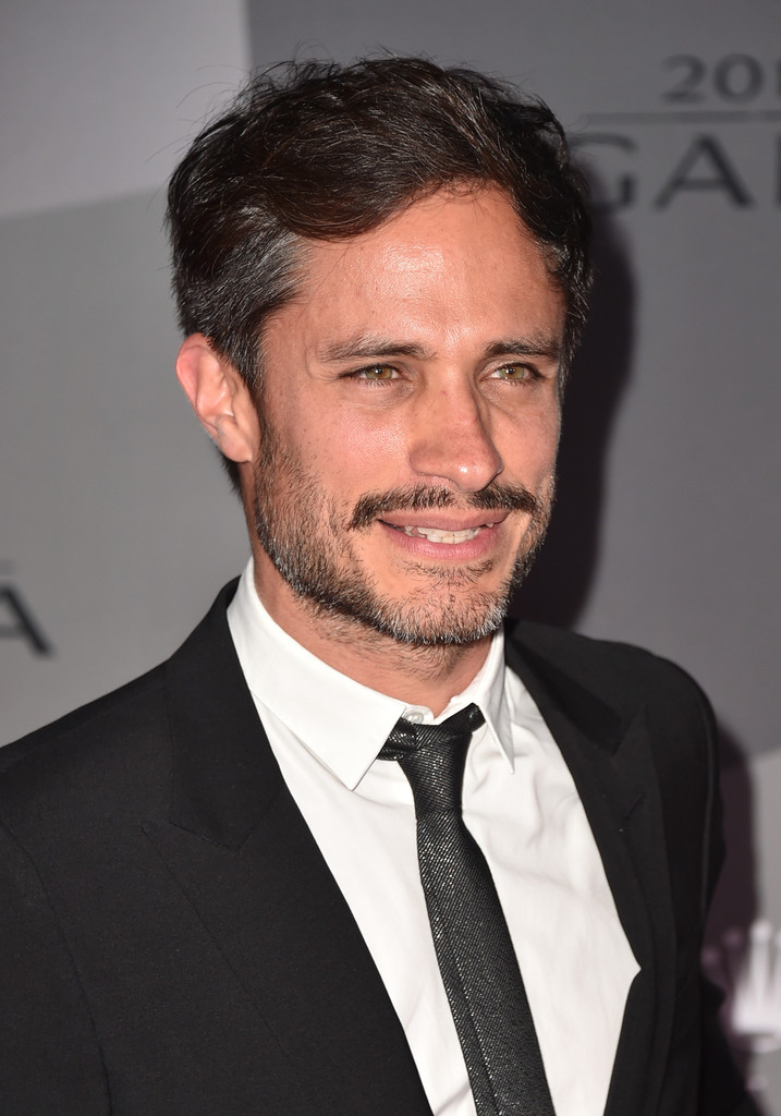 Gael Garcia Bernal Photos Photos - The Los Angeles ...