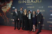 "(L-R) Director Francis Lawrence, actor Liam Hemsworth, actress Jennifer Lawrence, actor Josh Hutcherson, producer Nina Jacobson and producer Jon Kilik attend  ""The Hunger Games: Mockingjay - Part 2"" (Los Juegos del Hambre: Sinsajo Parte 2) premiere at the Kinepolis Cinema on November 10, 2015 in Madrid, Spain."