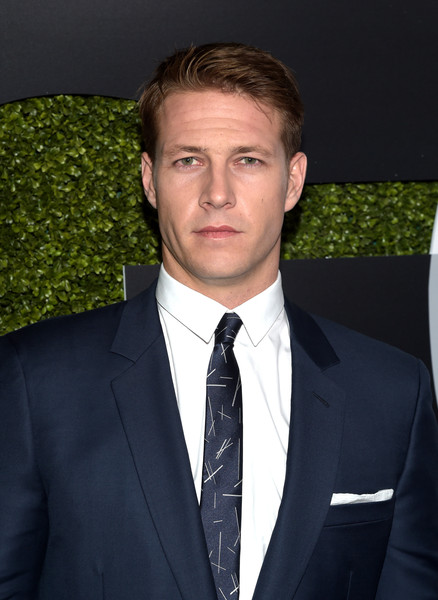 luke bracey height