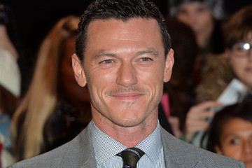 Luke Evans 'The Hobbit: The Battle of the Five Armies' Premiere — Part 3