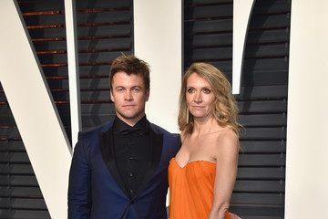 Luke Hemsworth 2017 Vanity Fair Oscar Party Hosted By Graydon Carter - Arrivals