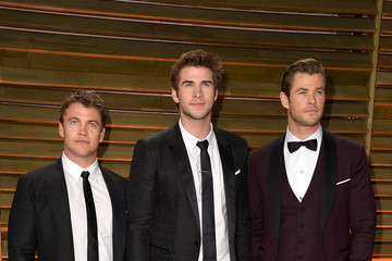 Luke Hemsworth Stars at the Vanity Fair Oscar Party