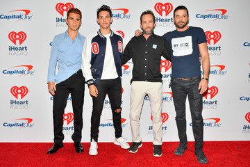 Luke Perry KJ Apa 2018 iHeartRadio Music Festival -  Night 2 – Press Room