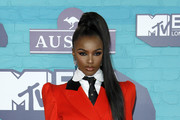 Leomie Anderson attends the MTV EMAs 2017 held at The SSE Arena, Wembley on November 12, 2017 in London, England.
