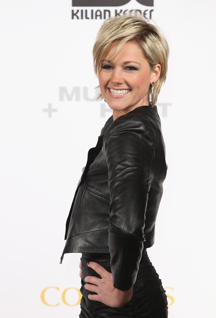 helene fischer photos musik hilft charity dinner 707. Black Bedroom Furniture Sets. Home Design Ideas