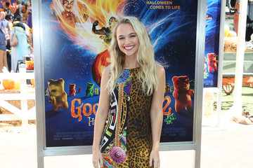 Madison Iseman Columbia Pictures And Sony Pictures Animation's 'Goosebumps 2: Haunted Halloween' Special Screening - Arrivals