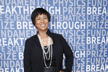 Mae C. Jemison 2017 Breakthrough Prize - Red Carpet