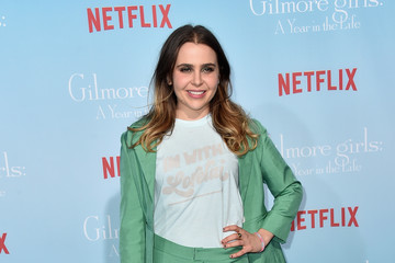 Mae Whitman Premiere of Netflix's 'Gilmore Girls: A Year in rhe Life' - Arrivals