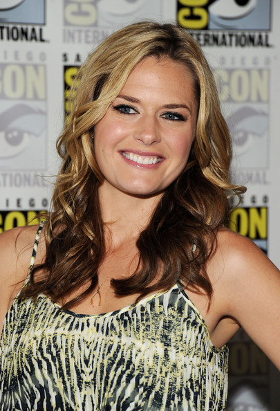maggie lawson and james roday married