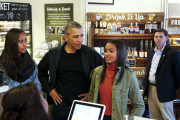 Malia Obama Weekly Bucket - Nov 23 - Nov 29
