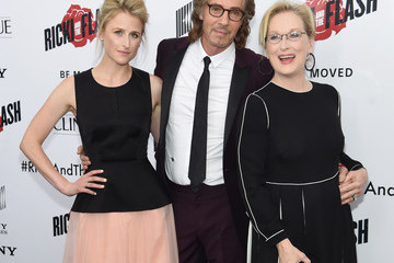 Mamie Gummer Rick Springfield 'Ricki and the Flash' New York Premiere - Inside Arrivals