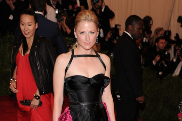 Mamie Gummer Red Carpet Arrivals at the Met Gala