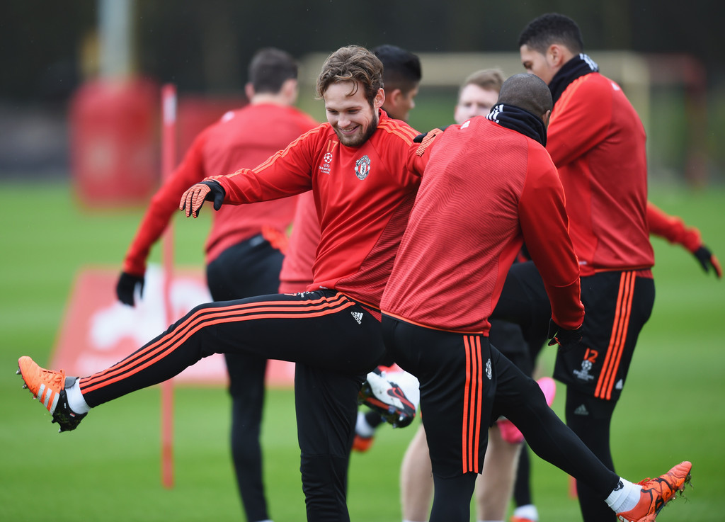 daley blind photos photos manchester united training session zimbio. Black Bedroom Furniture Sets. Home Design Ideas