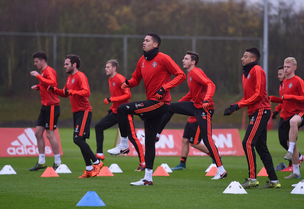 chris smalling photos photos manchester united training session zimbio. Black Bedroom Furniture Sets. Home Design Ideas